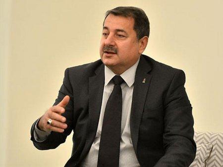 """Vaqif Sadıqov """"Sumqayıt""""la """"Neftçi"""" arasında seçim edə bilmədi"""