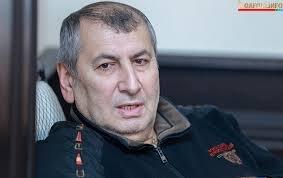 Faiq Qarayev valideynlərlə görüşdü