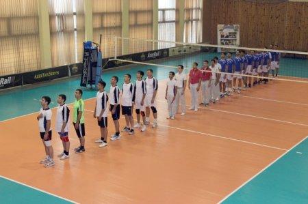 """""""Lokomotiv"""" və """"Sərhədçi"""" finalda"""