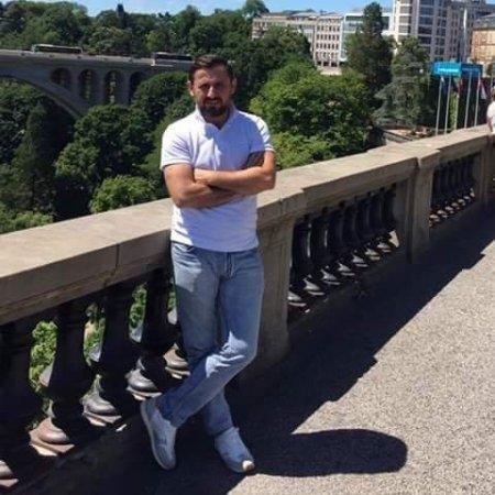 Qurban Qurbanov yeni ofisin faydasından danışıb