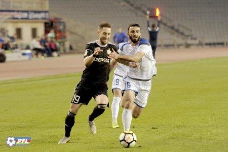 """""""Qarabağ""""dan Qurbanova 3 xallı, 3 qollu təbrik"""