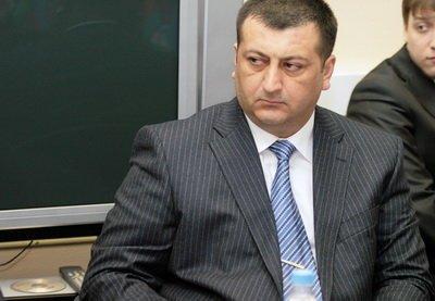 AFFA Zaur Axundova 6 milyondan artıq pul ayırıb!