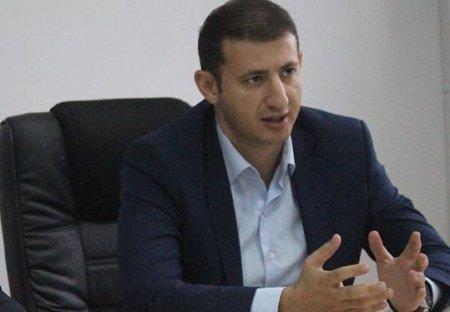 Emin Abbasov Deviçin qayıdışına aydınlıq gətirdi
