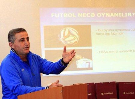 """""""Qurban Qurbanova """"deputatsan, toxunulmazlığın var, futbolçunu itələyərlər də"""" dedim"""""""