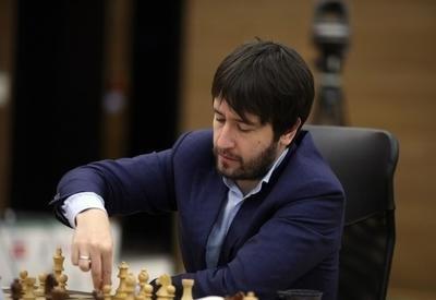 """Teymur Rəcəbov """"Chessable Masters""""də iz qoyub"""