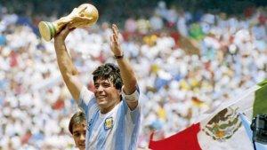 Maradona dünyadan getdi...